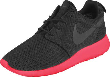 Nike Roshe Run shoes black pink
