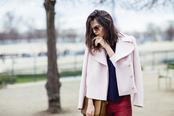 the golden diamonds sweater jacket jeans coat bag sunglasses jewels shoes