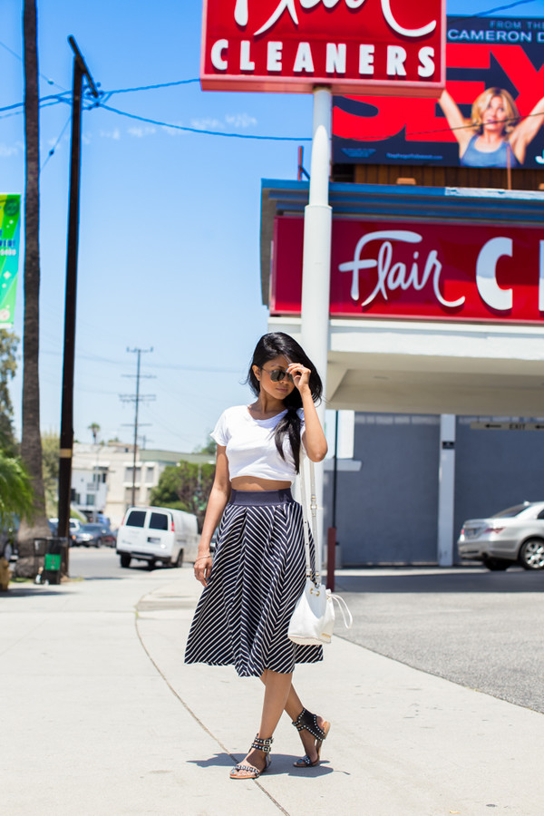 walk in wonderland skirt shoes bag sunglasses