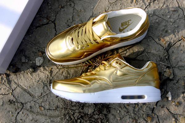 shoes nike air max gold white