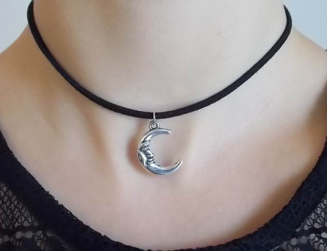 Favorite silver moon choker black suede choker fashion jewellery handmade  IW08