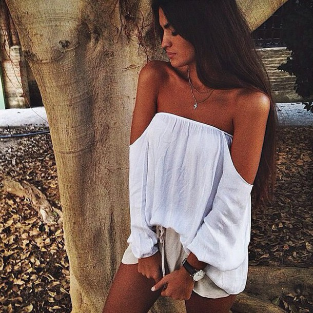 blouse white white dress white t-shirt white crop tops crop tops cropped sweater style 14 shorts