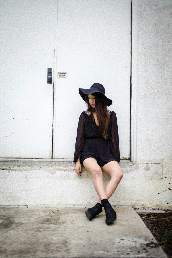 high stitched voice hat shoes shorts