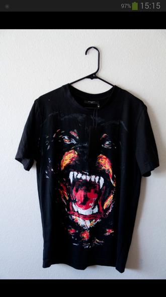 t-shirt black dog fangs