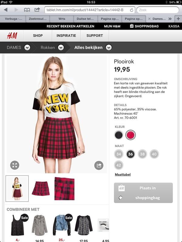 shirt red t-shirt skirt Accessory