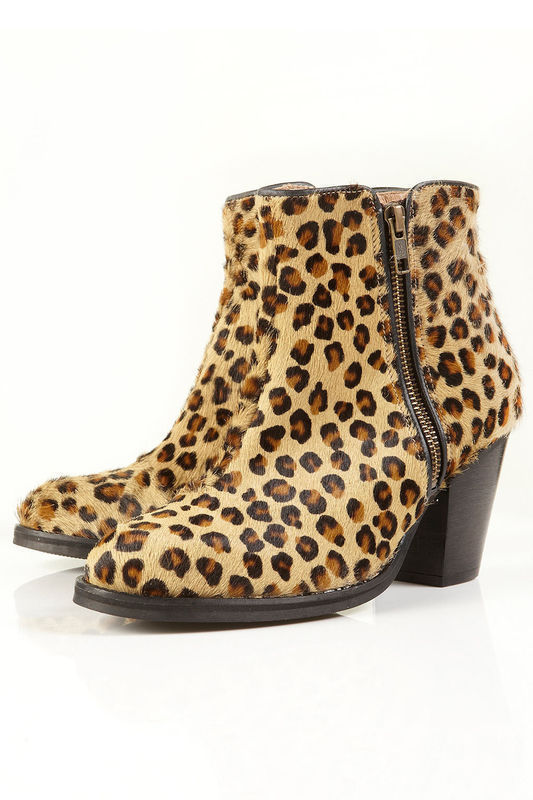 Ankle Boots with Leopard Print