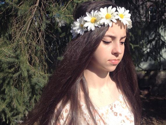 White Daisy Flower Crown Flower Headband Twine by tanyaslittleshop