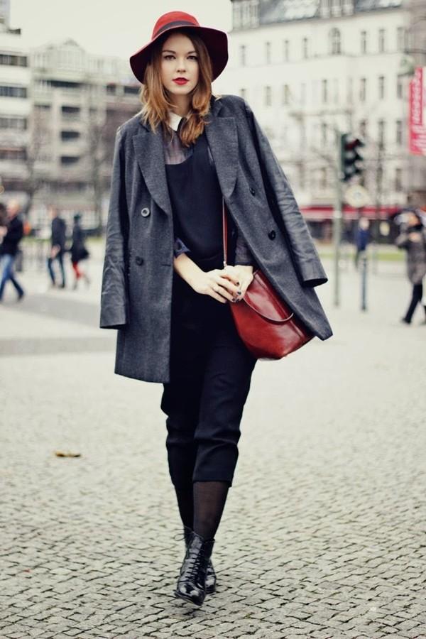 gold schnee coat pants blouse bag hat shoes jewels