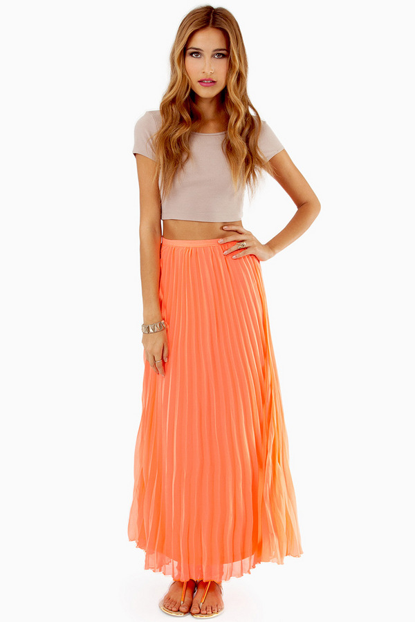 Lost In Folds Maxi Skirt - TOBI