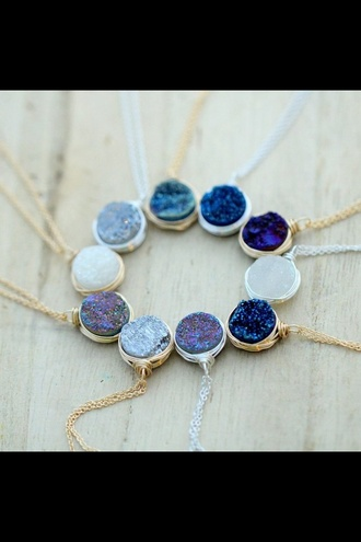 jewels colored color/pattern colorful round sparkle stone necklaces stone necklace jumpsuit jeans leggings