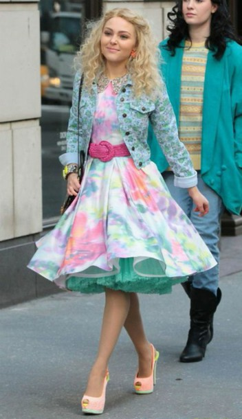 dress the carrie diaries carrie bradshaw tulle dress new york city shoes