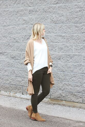 stripes'n'vibes blogger sweater scarf pants shoes jewels