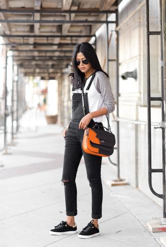 walk in wonderland blogger top shoes bag