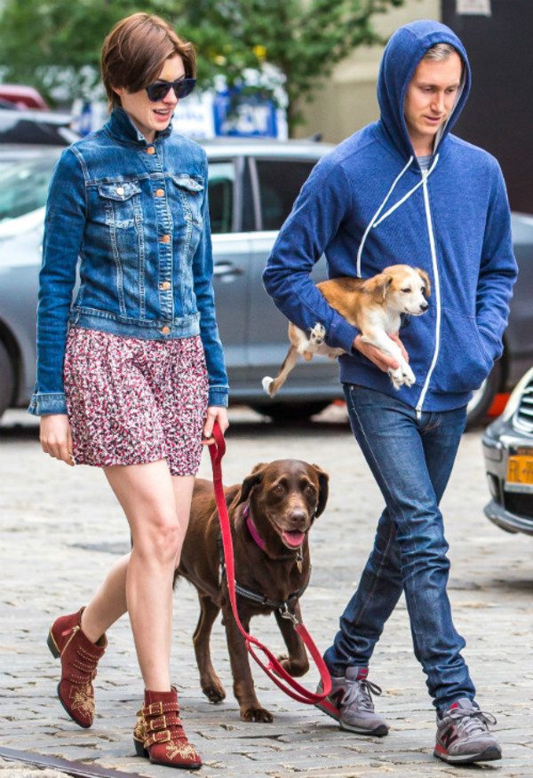 jacket anne hathaway shoes sunglasses