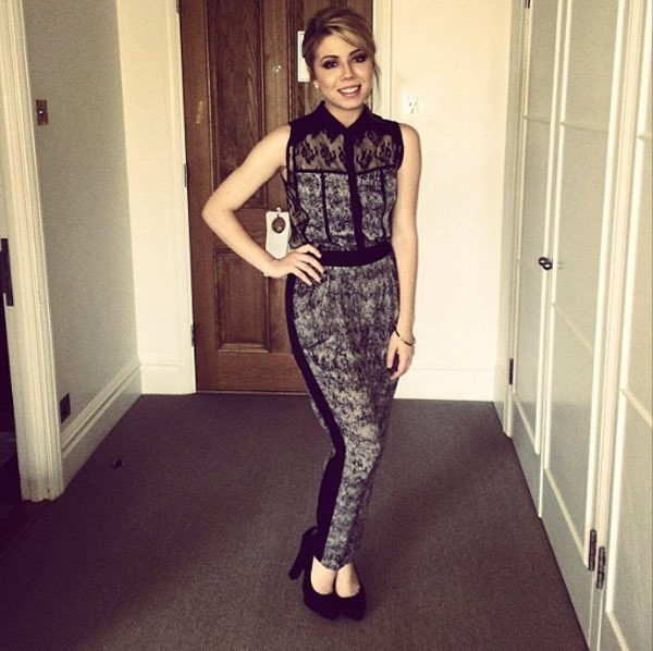 blouse jumpsuit rumper nicef ashion pattern black and white black and white cute jennette mccurdy