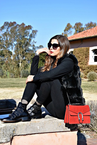 cosamimetto blogger jacket pants tights shoes bag jewels fur vest red bag ankle boots winter outfits
