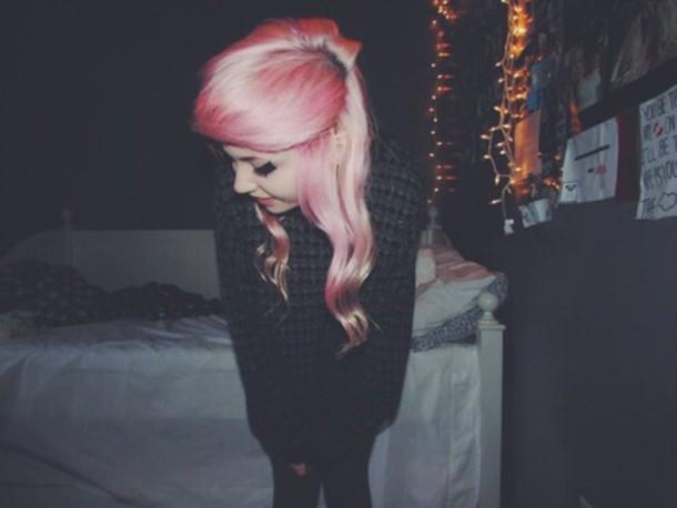 sweater indie hipster dark goth pastel hair pink hair