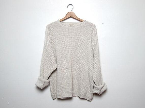 vintage cream white sweater. oversized by dirtybirdiesvintage