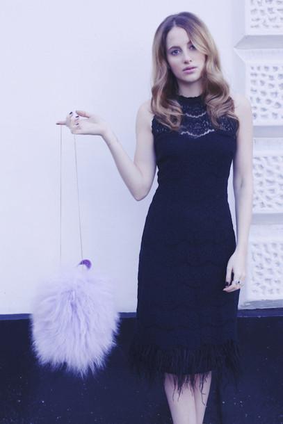 at fashion forte blogger make-up black dress fluffy lilac pastel bag