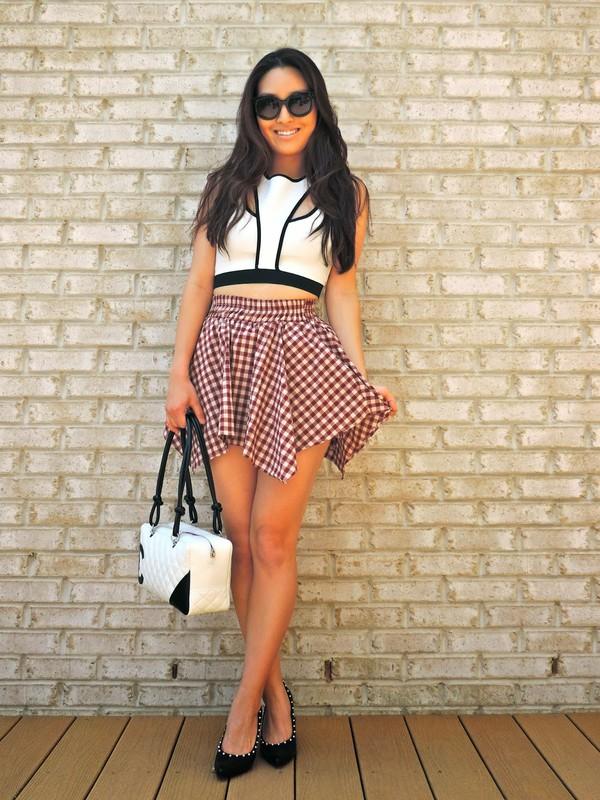 sensible stylista top skirt bag shoes