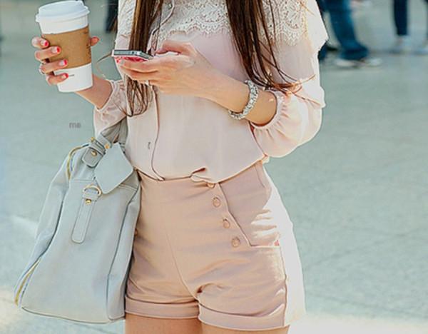 shorts bag blouse