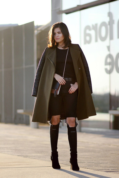 fake leather blogger olive green winter coat ripped jeans black jeans coat top jeans jewels t-shirt shoes belt