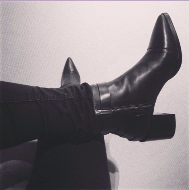 shoes black boots heel boots pointed toe