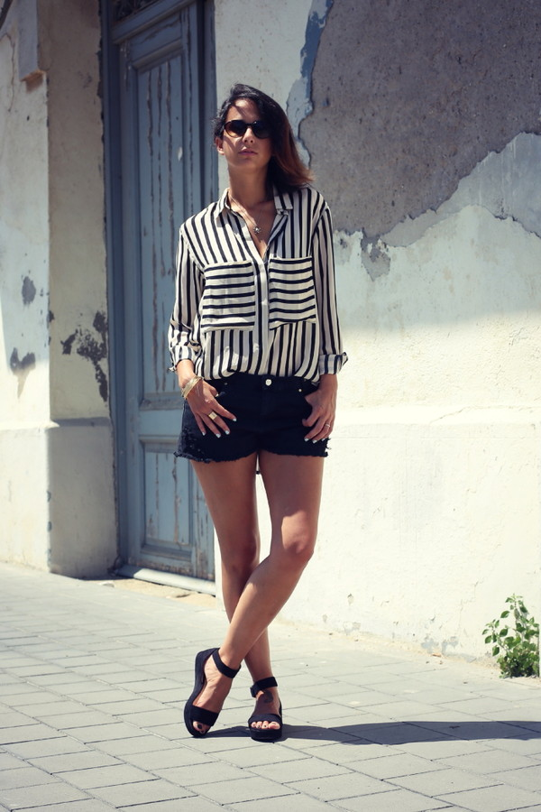 style in lima blouse shorts sunglasses shoes jewels