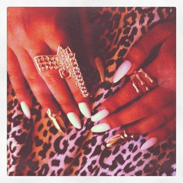nail polish ring gold gun white leopard print squelette jewels