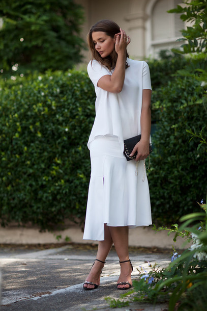 harper & harley blogger minimalist white skirt white sandals top skirt bag shoes jewels