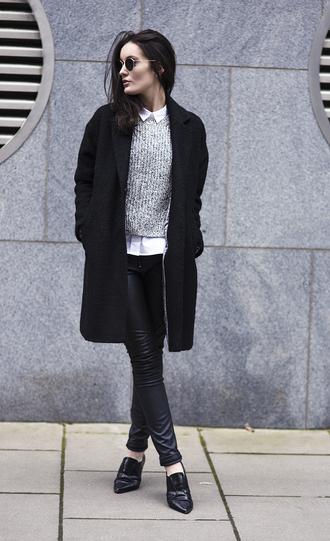 anouska proetta brandon blogger knitted sweater grey sweater leather leggings black coat oxfords
