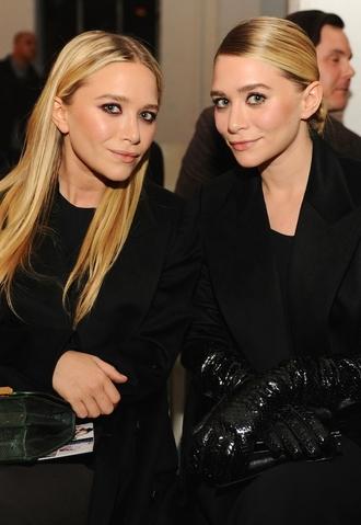 olsen sisters blogger bag mary kate olsen ashley olsen gloves coat