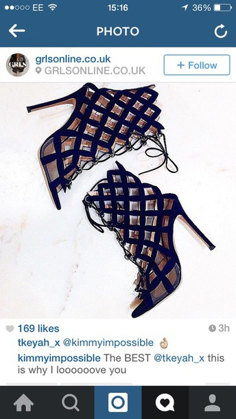 shoes navy. cut out. heels