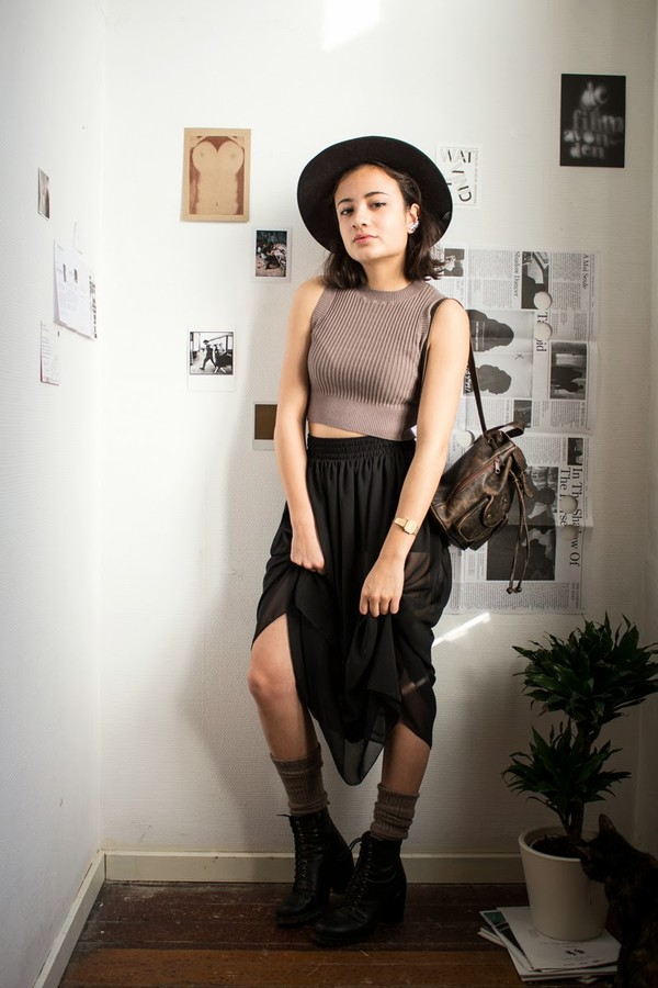 gladys doris dave t-shirt skirt hat shoes jewels