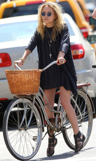 dress sandals mary kate olsen shoes sunglasses
