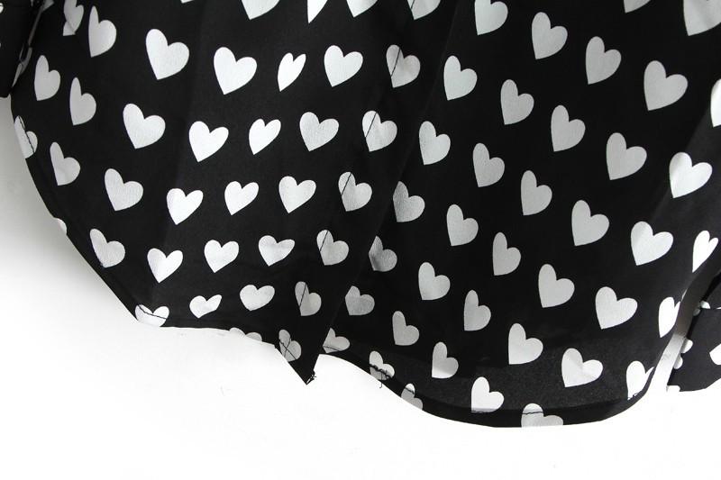 Black Lapel Long Sleeve Hearts Print Blouse - Sheinside.com