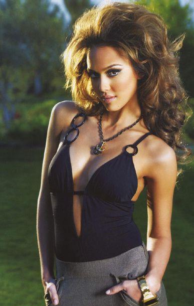 jessica alba celebrity style model one piece swimsuit