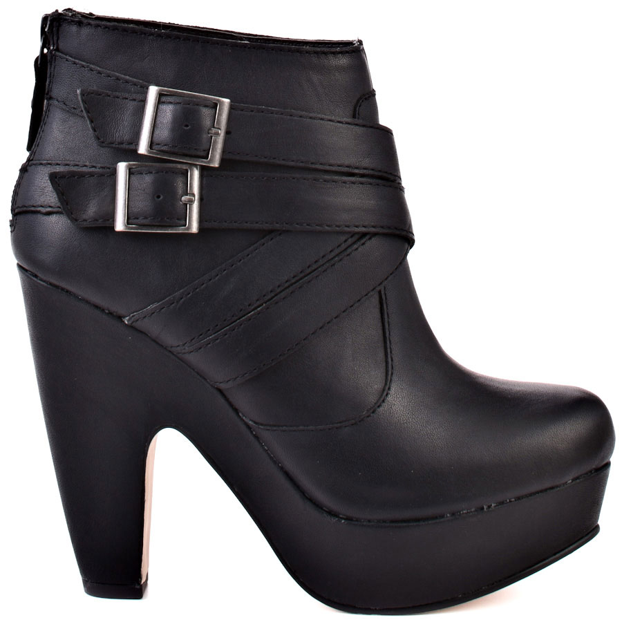 Duty Calls - Black Leather, Seychelles, 124.99, FREE 2nd Day Shipping!