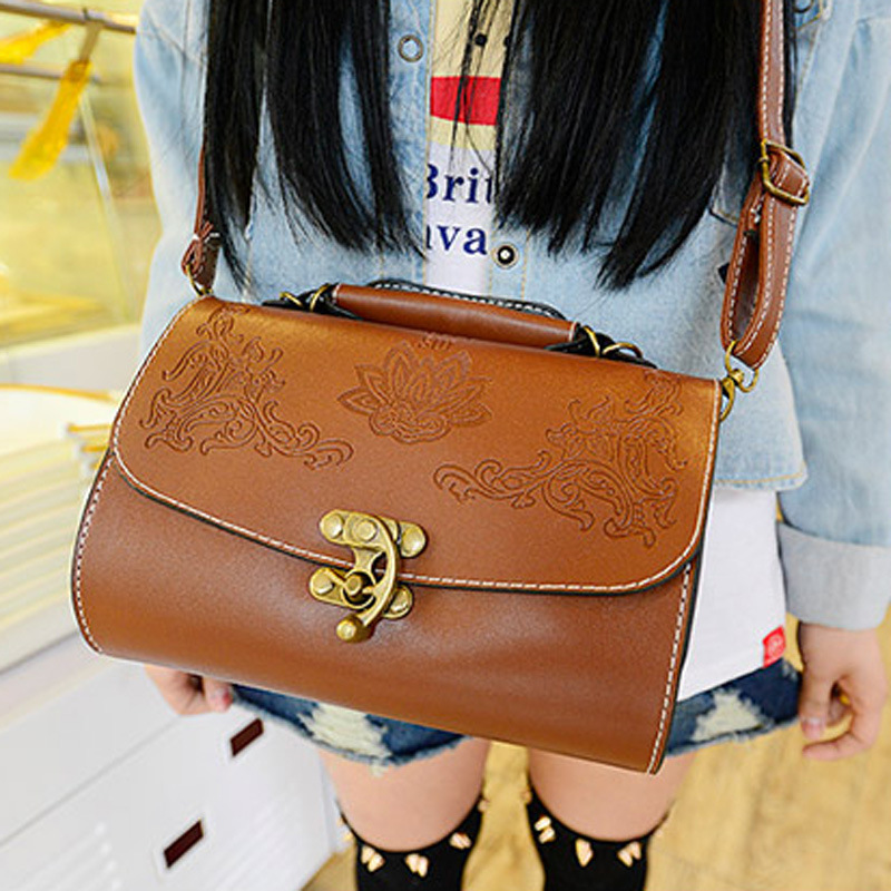 Aliexpress.com : Buy new 2014 vintage girls mini handbag fashion women messenger bags National Style wholesale price free shipping from Reliable bag money suppliers on Dora Sweet Shop