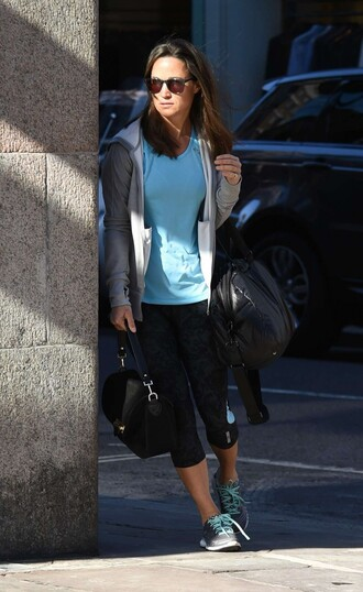 shoes sneakers sportswear pippa middleton bag celeb gym clothes pippa middleton gym clothes