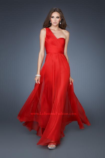 La Femme Dress 18466 at Peaches Boutique