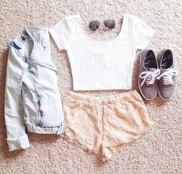 spitze pastel shorts denim jacket white shirt