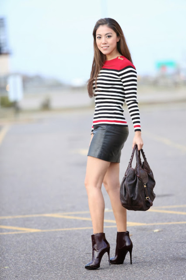 wearing fashion fluently sweater skirt shoes bag