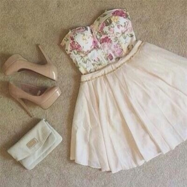 skirt shoes bag bows tank top floral tank top white skirt high heels blouse shirt t-shirt crop tops floral vintage corset girl pretty pink dress hot fashion flowers white-pink floral top floral dress tan dress