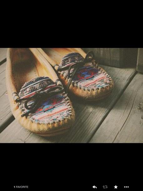shoes tan boho bohemian shoes hippie boho chic boho chic chic hip red yellow green orange pink blue teal turquoise black moccasins tribal pattern tribal pattern tribal prin navajo indian