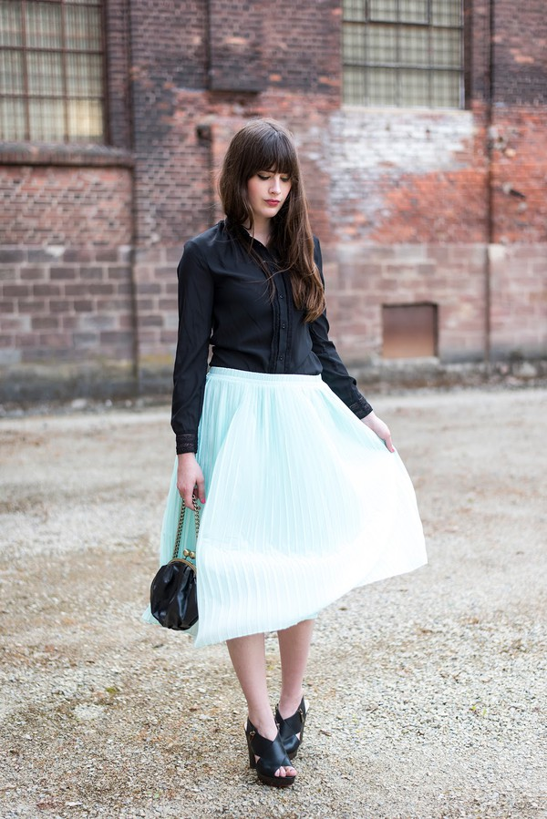 andy sparkles blouse skirt bag shoes