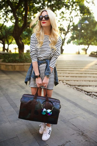 atlantic pacific blogger maxi bag travel bag striped dress long sleeve dress denim jacket