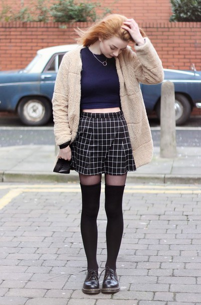 hannah louise fashion blogger checkered knee high socks fuzzy coat soft grunge coat sweater skirt socks shoes beige fluffy coat teddy bear coat beige fur jacket