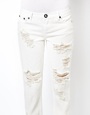 One Teaspoon   One Teaspoon Awesome Baggies Jeans in Worn White at ASOS