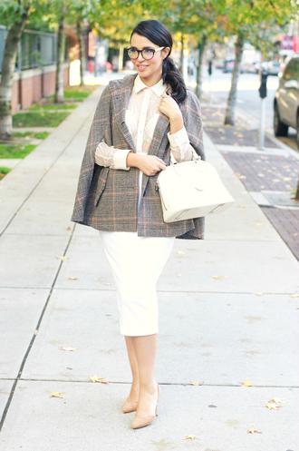 gumboot glam blogger 50s style cape white bag pencil skirt white skirt white shirt